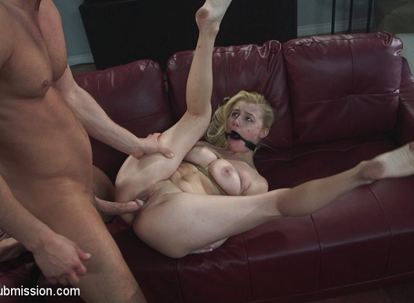 Carolina Sweets - Daddys Girl (2019/SexAndSubmission.com/Kink.com/HD)