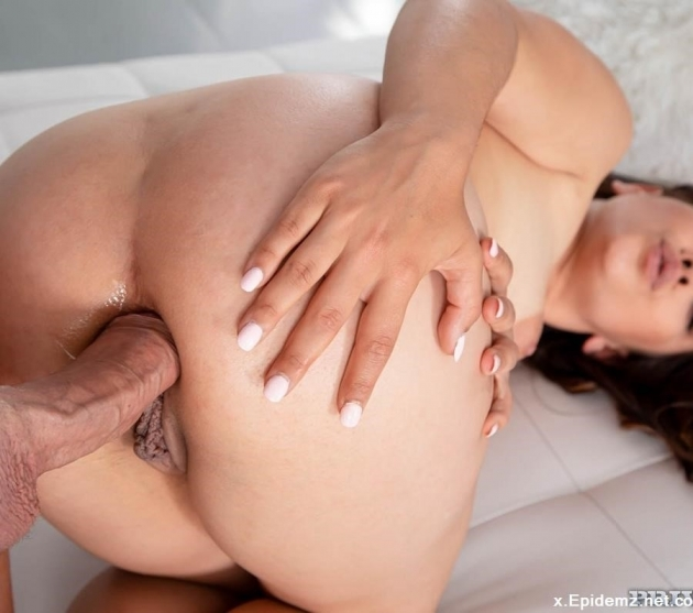 Ginebra Bellucci - Anal Introductions (2019/AnalIntroductions.com/Private.com/SD)