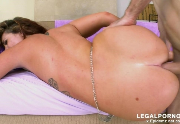 Savannah Fox - Loves Anal With A Big Dick Ma085 (2019/Legalporno.com/HD)