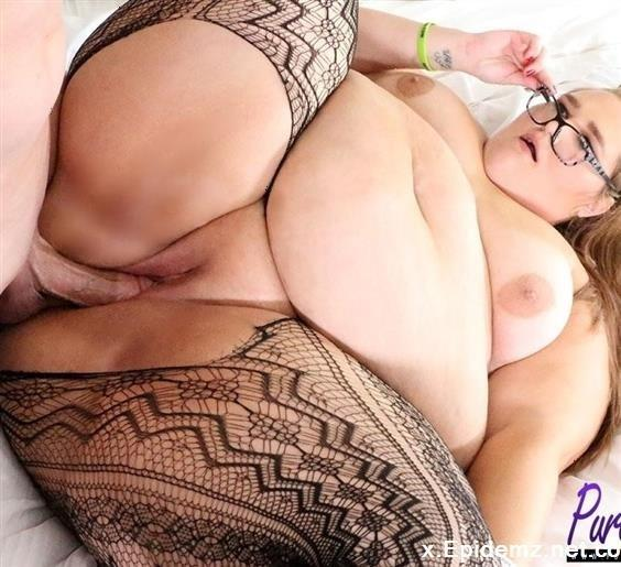 Strawberry Cakes - Ssbbw Takes A Study Break For Some Cock (2019/Pure-BBW.com/FullHD)