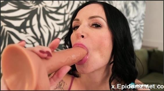 Angie Noir - Is A 50Plus Milf (2019/PornMegaLoad.com/SD)