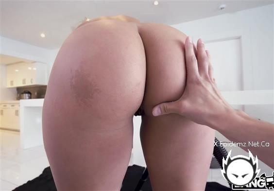 Sadie Creams - One Of Two Dirty Maids Gets Fucked (2020/MyDirtyMaid.com/HD)