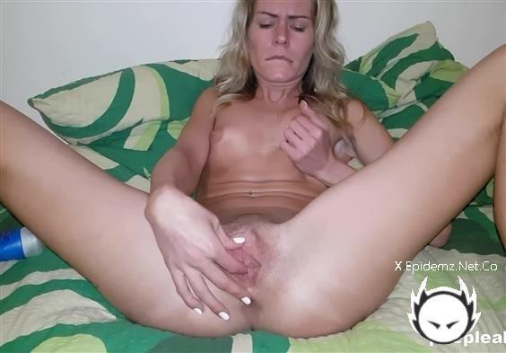 Rubbing Until - Shes Cumming (2020/PeepLeak.com/FullHD)