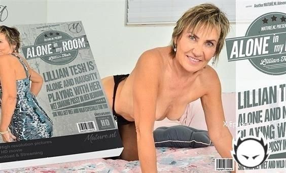 Lillian Tesh - Naughty Mature Lillian Tesh Is Playing With Her Shaved Pussy In Her Bedroom (2020/Mature.com/FullHD)
