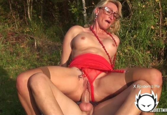 Betty - Betty, 46, The Cougar In Action! (2020/JacquieEtMichelTV.com/SD)