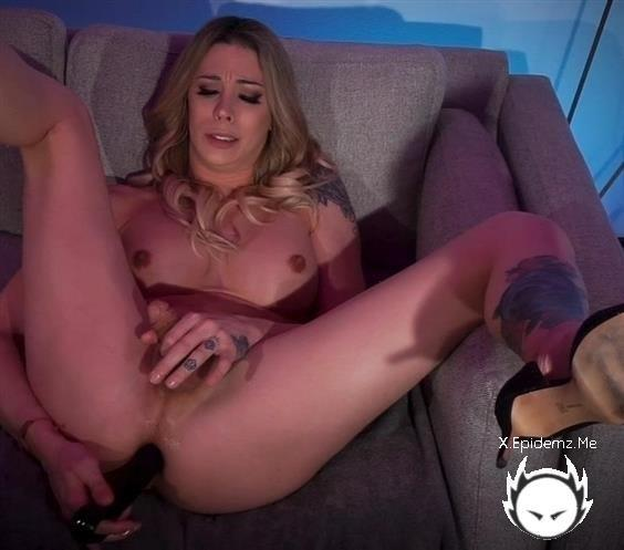 Casey Kisses - Casey Kisses - Casey Kisses Commands You To Stroke Her Big Cock And Fuck Her Ass (2020/KinkyBites.com/HD)