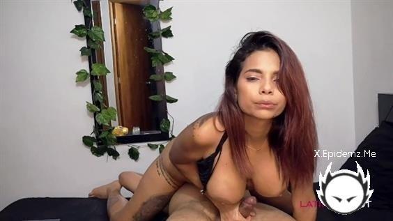 Mila Garcia - Juego Con El Pene De Un Amigo Hasta Que Se Viene En Mis Tetas Joi (2020/PornhubPremium.com/FullHD)