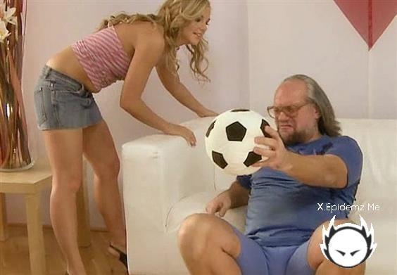 Amateurs - Horny Soccer Dad (2020/GrandpasFuckTeens.com/HD)