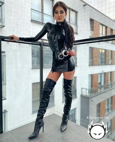 EvilWoman Brutal Strapon - Evil Woman (2020/EvilWomanEvilWoman.com/FullHD)