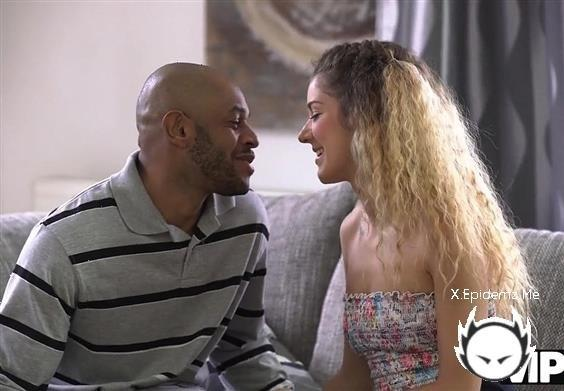 Monique Woods - Skinny Babe Monique Woods Seduces Black Owner (2020/VIP4K.com/HD)