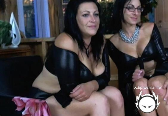 Amateurs - Extreme Milf Party (2020/KinkyFrenchies.com/HD)