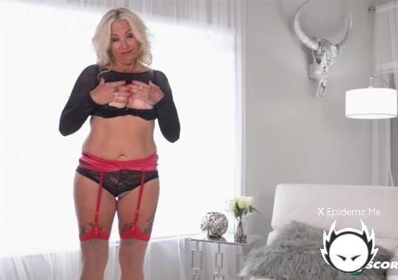 Amelia Mack - Pussy And Ass Show (2020/PornMegaLoad.com/HD)