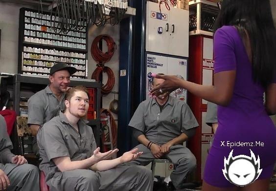 Bellah Dahl - Black Girl Gangbanged In The Garage (2020/WeFuckBlackGirls.com/FullHD)