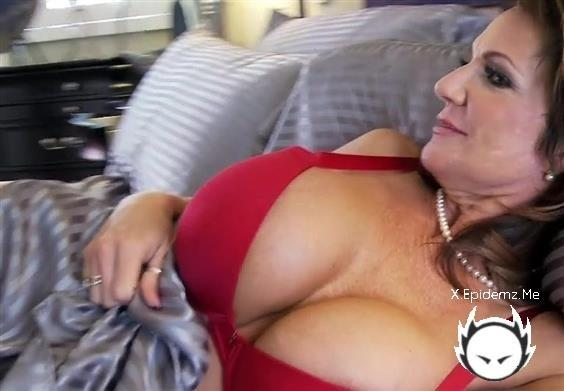 Amateurs - Milf Money Fucking (2020/PornFidelity.com/SD)