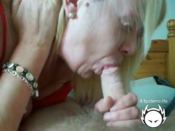 Amateurs - Blonde Granny Sucks A Big Fat Dick Until It Cums Hard (2020/LoveHomePorn.com/SD)
