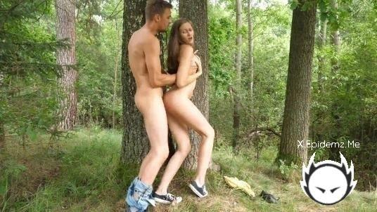 Stacy Cruz - In Nature With Stacy Cruz 4K (2020/Ps-Porn.com/4K)
